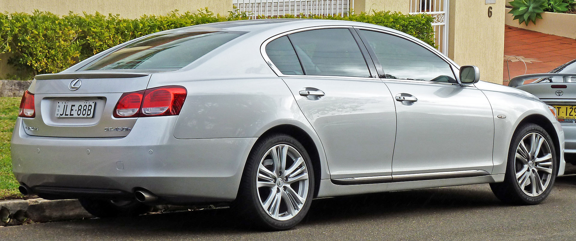 2006-2009_lexus_gs_450h_gws191r_sedan_02