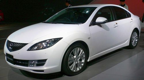 2007_Mazda_Atenza-Sedan_01