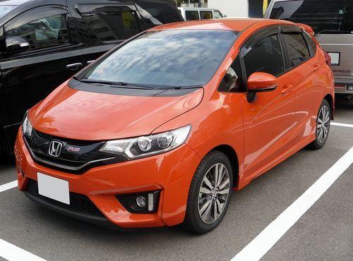 Honda_FIT_RS_(GK5)_front