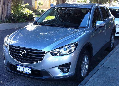 2015_Mazda_CX-5_(KE_Series_2)_Maxx_Sport_AWD_wagon_(2015-08-14)_01
