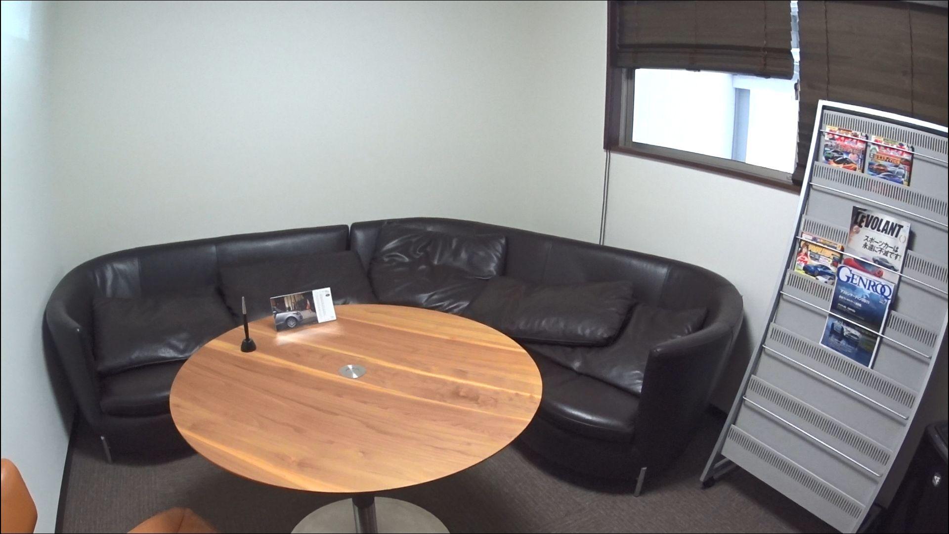 グローバルオートレンタカーの待合室
