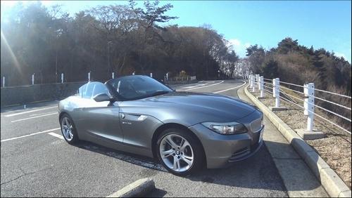 BMW Z4を横から撮影