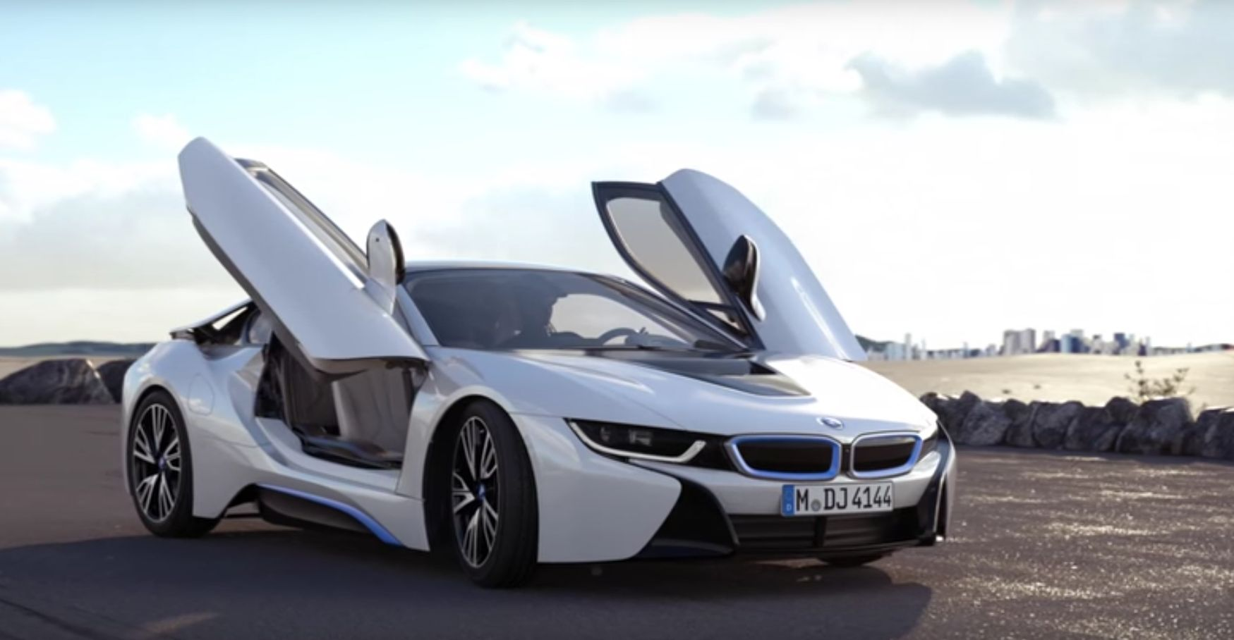 BMW i8 オフィシャル